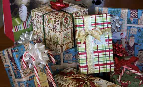 christmas-gifts-web